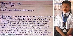 Prakriti Malla ismindeki kız öğrencinin yazısı, dünyanın en güzel yazısı seçildi.
