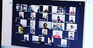 Öğretmen ve Veliler Buluştu Dijital Ortamda Bir Araya Geldi