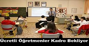 Ücretli Öğretmenler Seslerini MEB'e Duyurmaya Çalışıyor