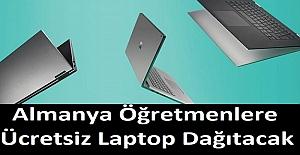 Bir Ülke Bütün Öğretmenlere Ücretsiz Laptop Dağıtacak