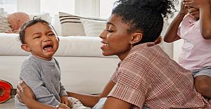 Sürekli Ağlayan Bebeği Sakinleştirme Yolları