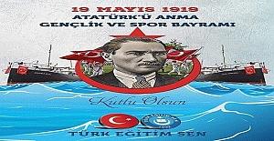 """Atatürk """"Nutuk'a şöyle başlar"""