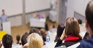 Üniversiteler Uzaktan Eğitime Geçecek mi?